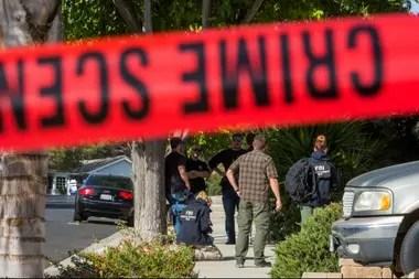 El FBI sigue investigando en la escena del crimen del miércoles pasado en el Borderline Bar and Grill