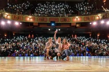 Nico, Flor y Benja se emocionaron a ver el teatro lleno una vez más