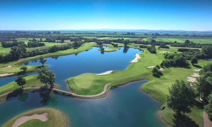 Golf_Diamond_Course_Diamond_Country_Club_Austria