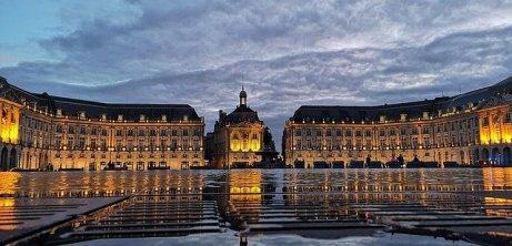 Place Royale&Miroir d'eau-bucketlisttraveladvisors.com