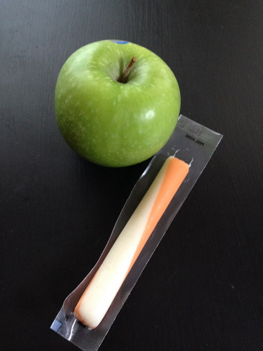 apple string cheese_All you snackers, how to snack smart and choose good snacks.