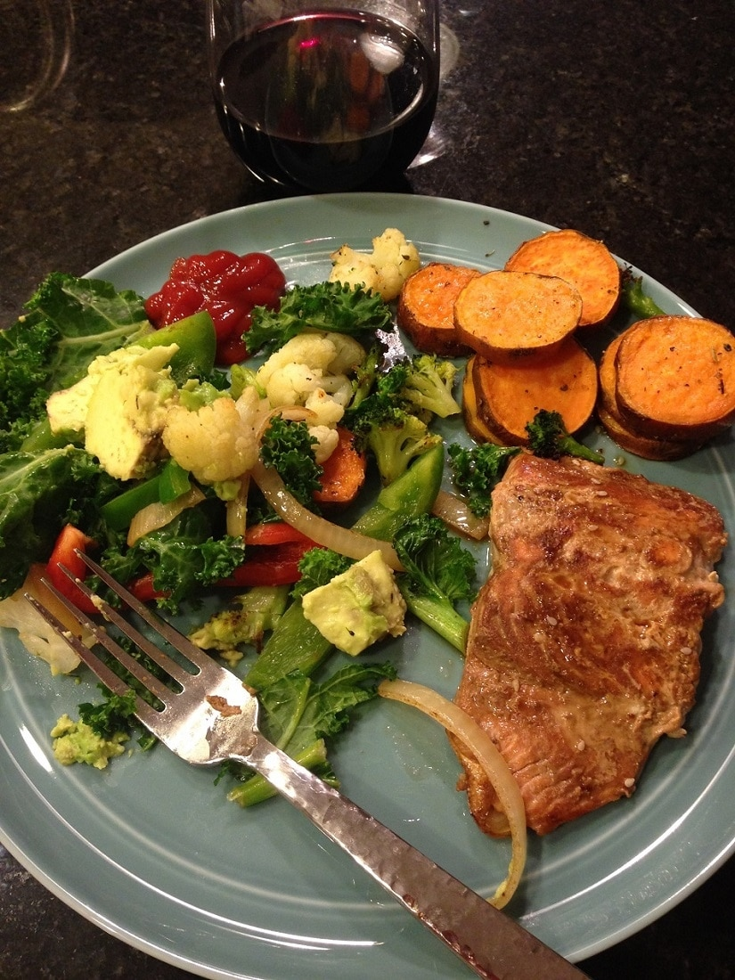 salmon with veggies_7 Healthy Dinners in 30 minutes or less