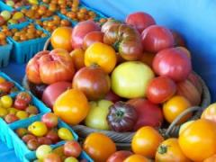 Heirloom tomatoes; photo by L. Goldman