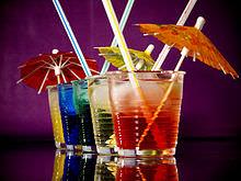 Cocktails_umbrellas