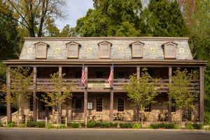 Stockton Inn front