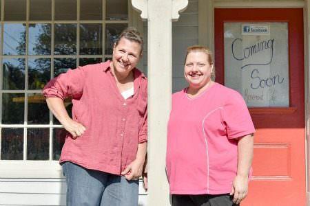 Stacy and Jenn_Rosemont Cafe