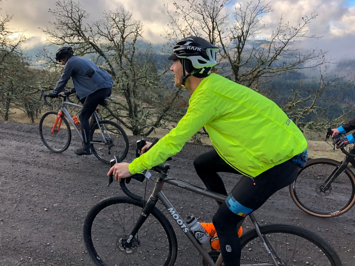 e5e882886 Review : Castelli Emergency Weather Jacket - bucky rides