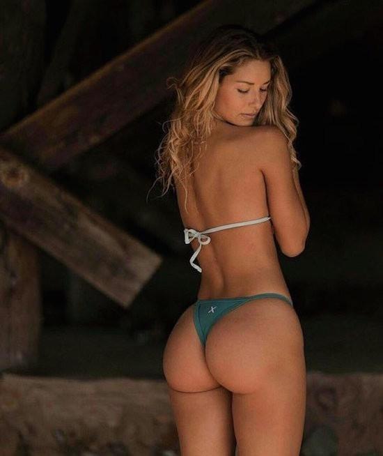 TOP Chicas en Bikini 2017 (98 Fotos)