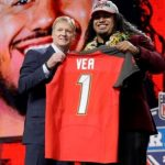 It's Time to Buy or Sell Vita Vea's 5th Year Option