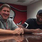 O.J. Howard puts pen to paper.