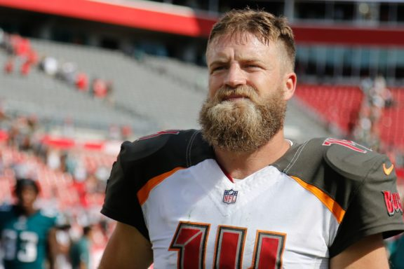 sports shoes 14b47 33629 The End Of Fitzmagic - Bucs Report