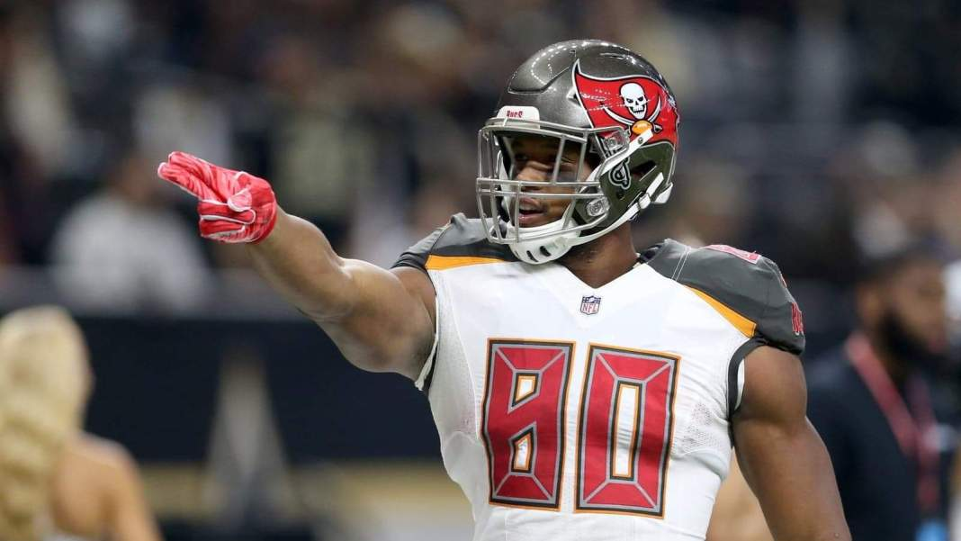 Tampa Bay Buccaneers tight end O.J. HowardChuck (Cook-USA TODAY Sports)