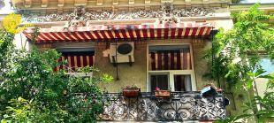 Hai să o vedeți și în plin soare! Casa dei Mascheroni din Lascăr Catargiu, nr.18. 2