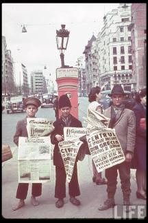 Vânzătorii de ziare din Bucureştii anului 1941