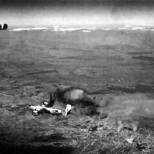 """ATACUL aviatiei SUA asupra Bucurestiului, din 1944! Operatiunea """"TIDAL WAVE"""" a transformat Capitala intr-un IAD PE PAMANT!"""