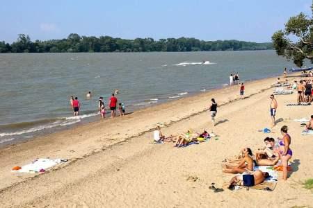 N-ai plecat la mare? Uite trei plaje SUPERBE la mai putin de 60 de km de Bucuresti!