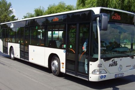 Daca nu avem aer conditionat sau ploua in ele, macar vom avea internet gratuit in autobuze! RATB lanseaza o licitatie de peste 1,3 milioane de euro!