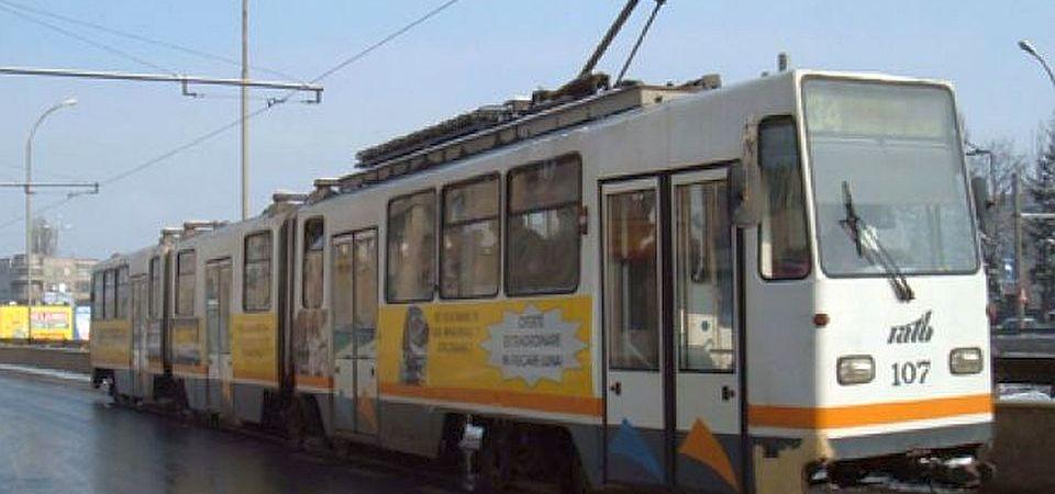 Accident grav pe Soseaua Timisoara! Un barbat a fost lovit de tramvai pe trecerea de pietoni!