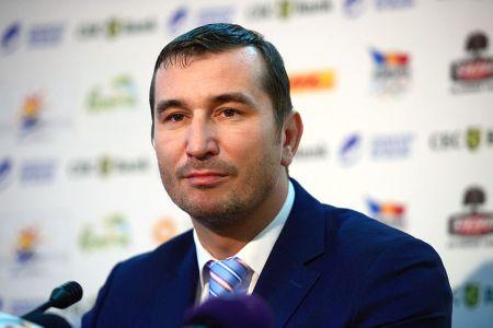 Directorul pus de Firea la CSM Bucuresti cere mai multi bani din taxele bucurestenilor pentru a reinvia Rapidul!
