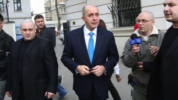 """Milionarul Puiu Popoviciu condamnat la 7 ani de inchisoare pentru dare de mita in dosarul """"Baneasa""""!"""
