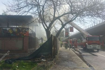 Incendiu puternic la un cunoscut restaurant din Bucuresti! Al doilea in ultima luna!