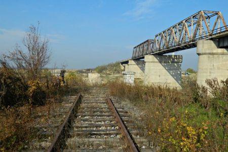 Ciculatia trenurilor intre Bucuresti si Giurgiu va fi reluata! Podul de la Gradistea intra in reparatii!