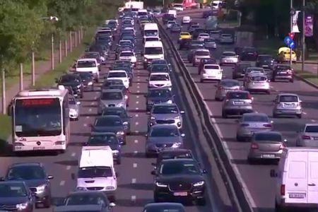 Firea s-a tinut de cuvant! Studiile arata ca traficul in Bucuresti s-a inrautatit in ultimul an: Suntem ultima capitala in Europa!