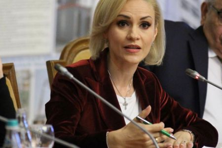 Gabriela Firea continua scandalul si anunta ca vrea schimbarea lui Grindenau: Mi-as dori o doamna prim-ministru!
