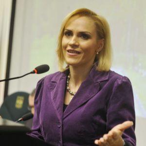 Gabriela Firea a explicat de ce n-a facut nimic in Bucuresti: Legea achizitiilor publice este nepotrivita!