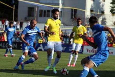 Juventus Bucuresti a batut-o pe Fenerbahce, cu Robin Van Persie in teren!
