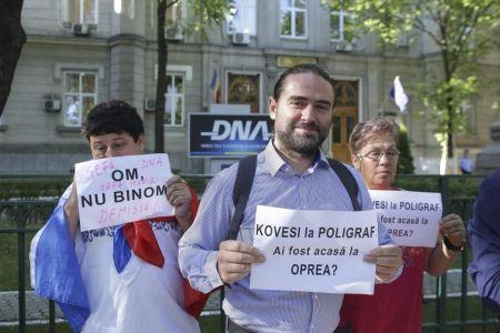 PSD a organizat protest in fata sediului DNA!