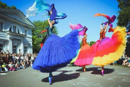 Astazi incepe festivalul international de teatru de strada! Vezi programul si cele mai atractive spectacole!