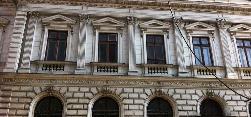 Primaria Capitalei vrea sa dea peste 5 mil. de euro pe sediul istoric al BNR