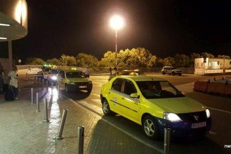 Razie a Politiei printre taximetristii de la Aeroportul Otopeni: Jumatate dintre ei prinsi cu nereguli!