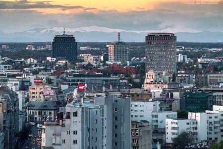 Fenomen rar: Muntii Carpati s-au vazut cu ochiul liber din centrul Bucurestiului
