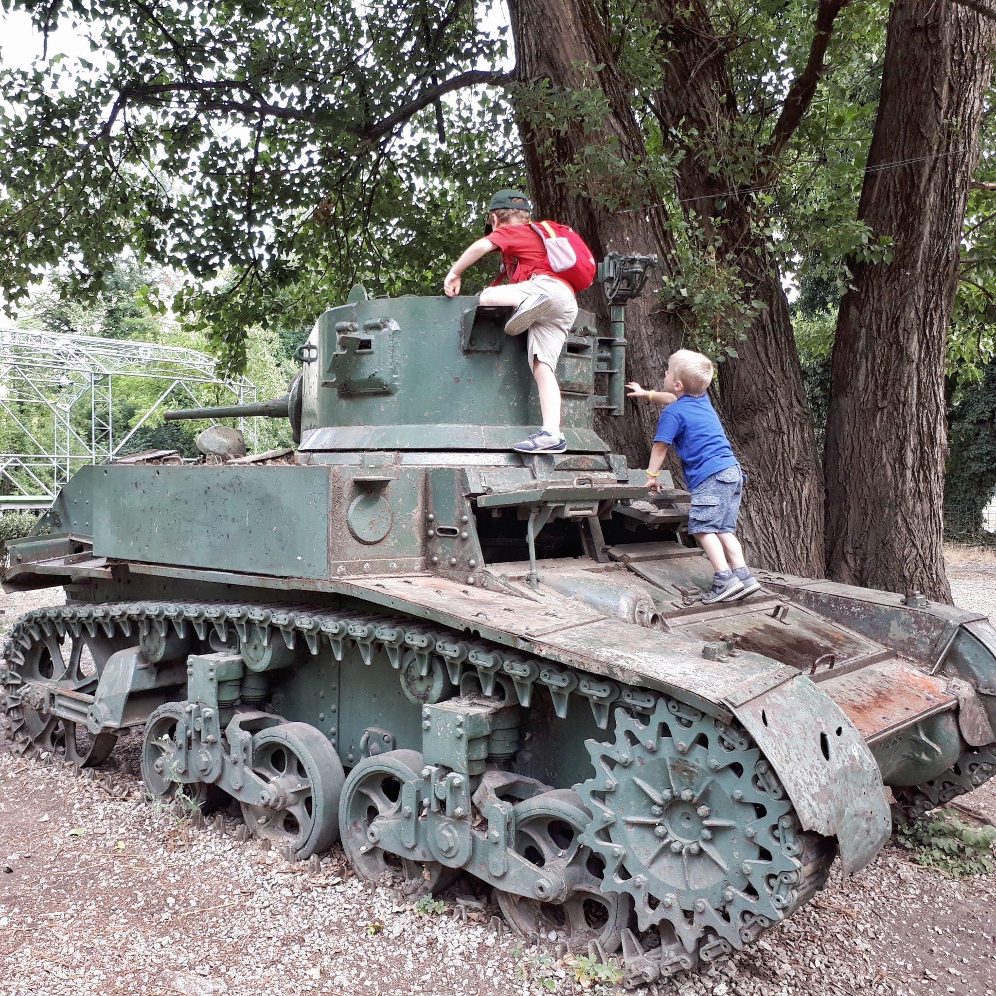 Sherman tank, Sarajevo