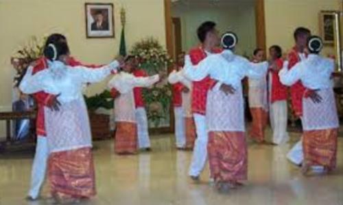 Tarian Khas Maluku