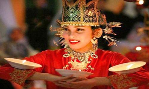 10 gambar nama tarian sumatera barat dan penjelasannya rh budayalokal id