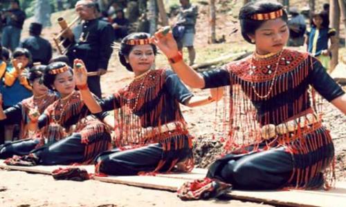 Tarian yang Berasal dari Sulawesi Selatan