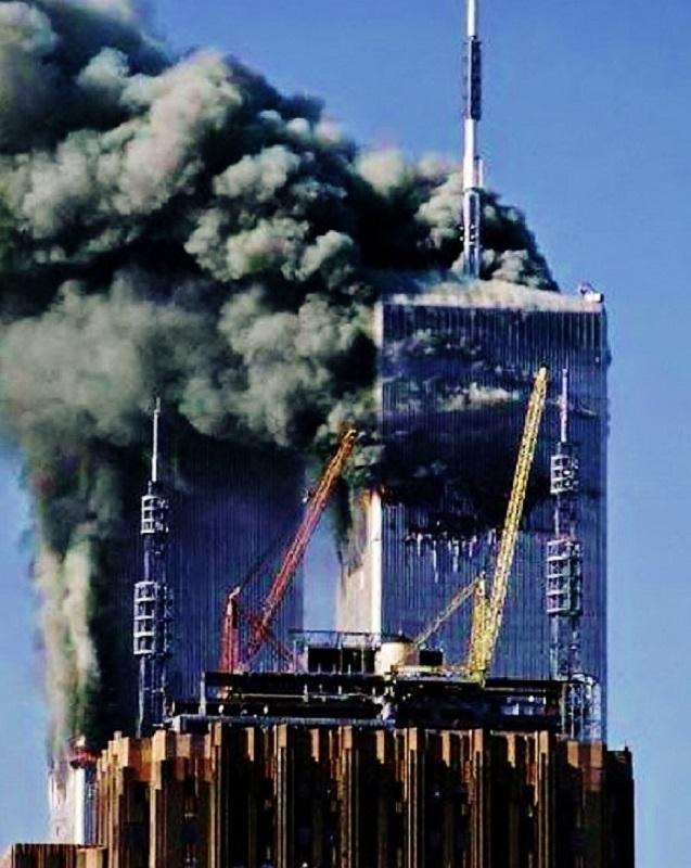 derrick infront of world trade center 911