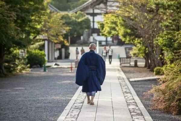 僧侶 資格取得