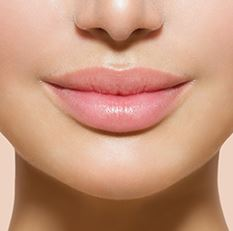 プルプル唇