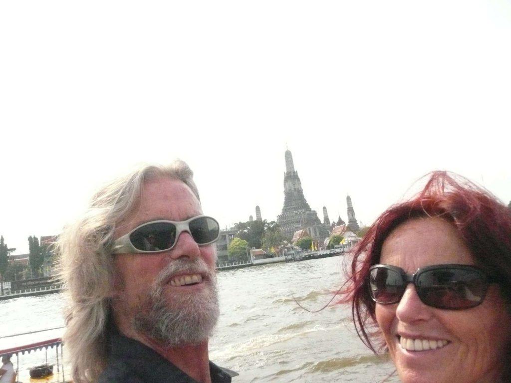 Anasha & Buddha @ ARUN temple in Thailand