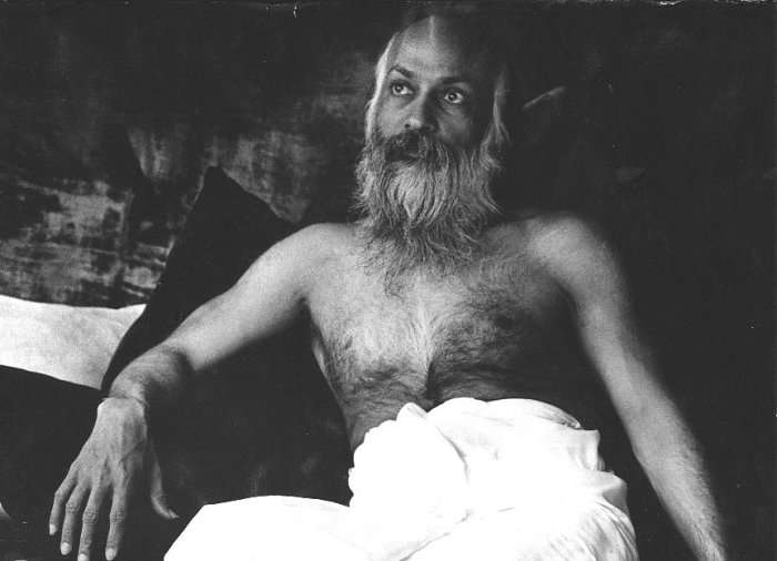 "Osho relaxing in his lunghi in India... this is how he would be dressed when he came for his ""Touching Meditations"" with me... such a graceful and conscious body!"
