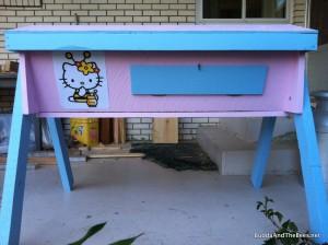 Hello Kitty (HK1) hive