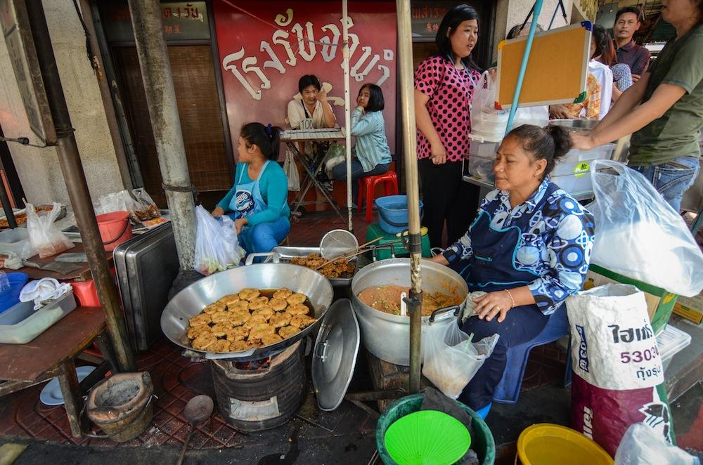 bangkok-food-thailand-buddha-drinks-fanta-2966