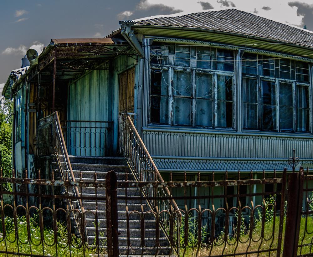 georgia-tbilisi-doorways-scary-haunted-buddha-drinks-fanta-2