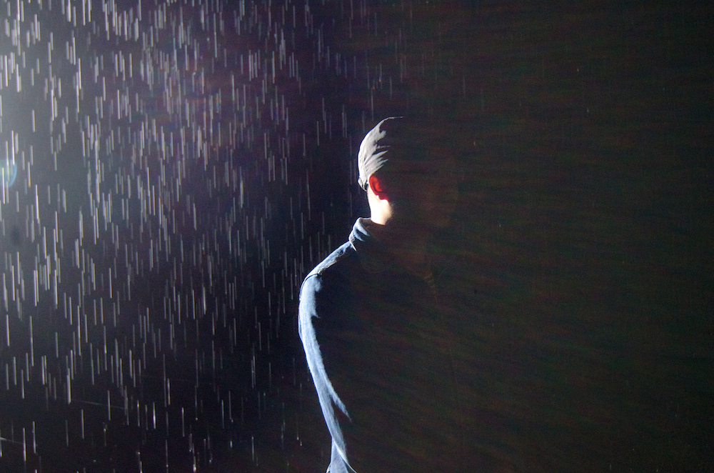 The-Rain-Room-Yuz-Museum-Shanghai-China-jenny-adams-freelance-4987