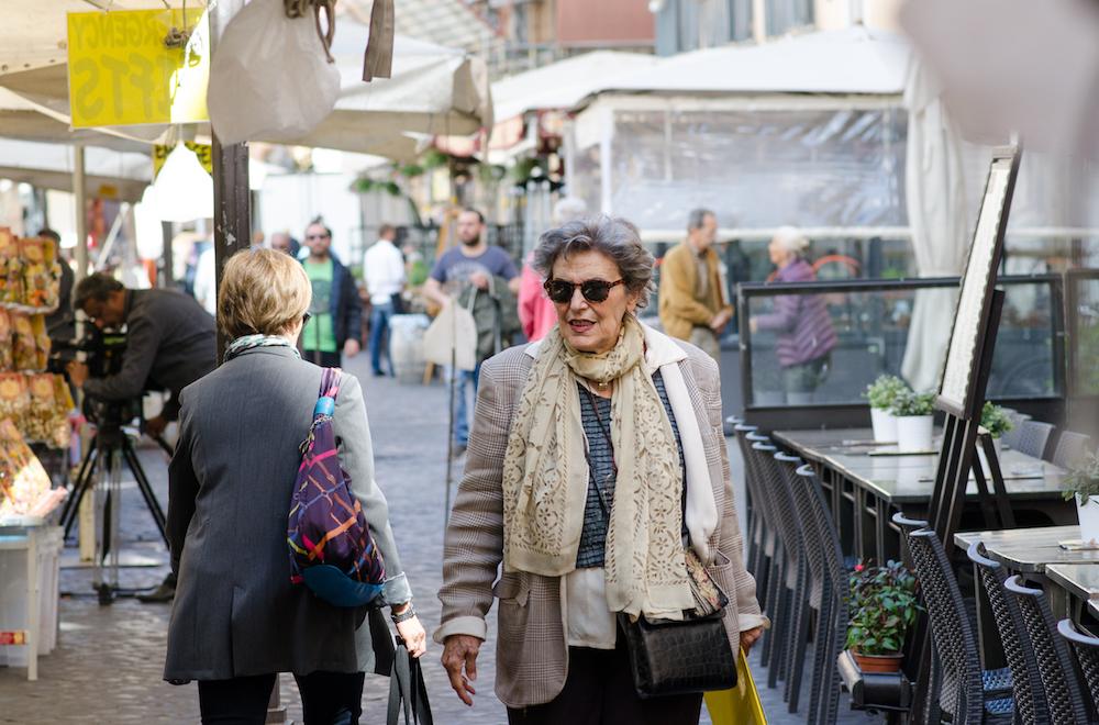 Campo-Fiori-Rome-Italy-food-flower-ladies-Market-Travel-europe-piazza-navona-jenny-adams-writer-photographer-buddha-drinks-fanta-1930