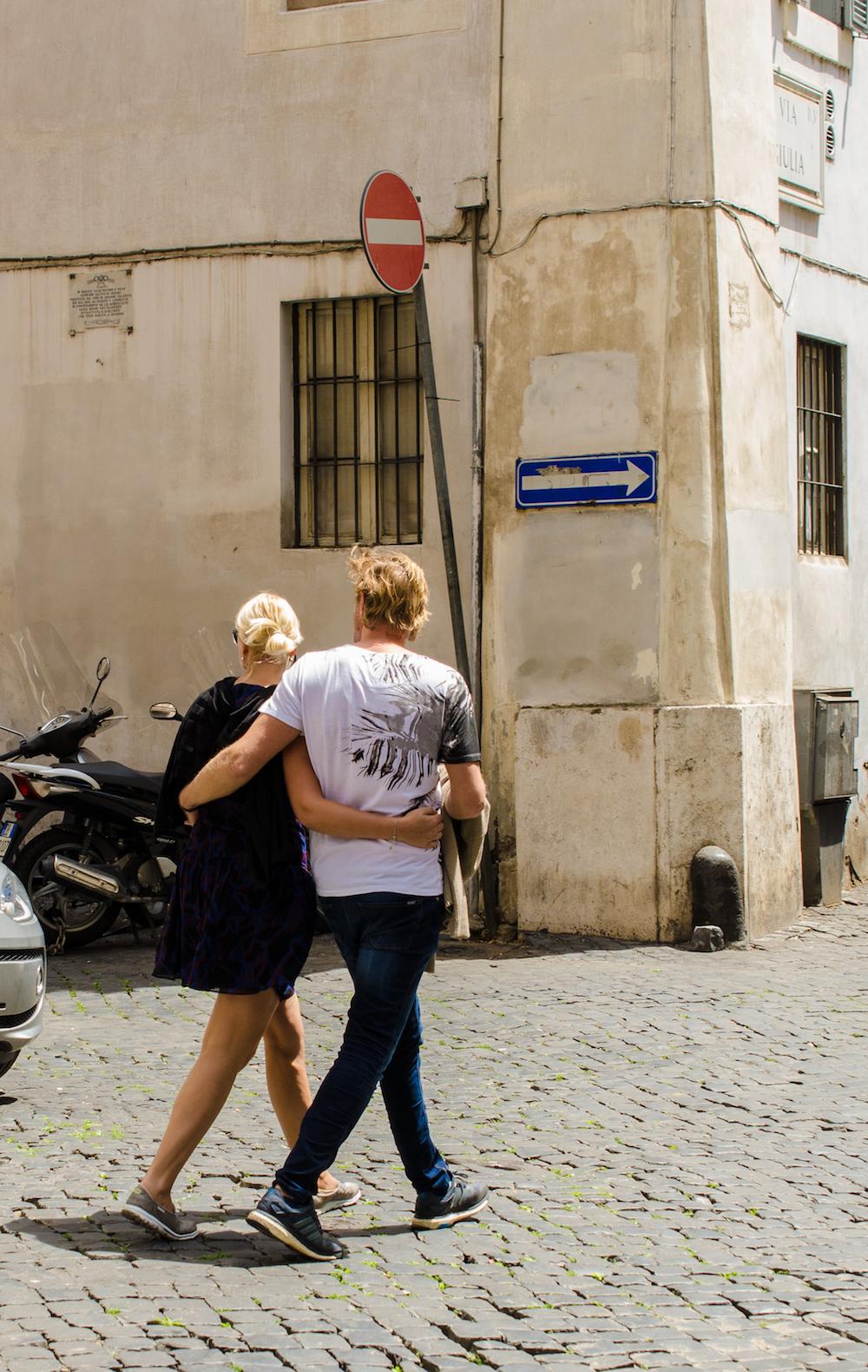 near piazza navona in Rome Italy, photo by Jenny Adams-0949